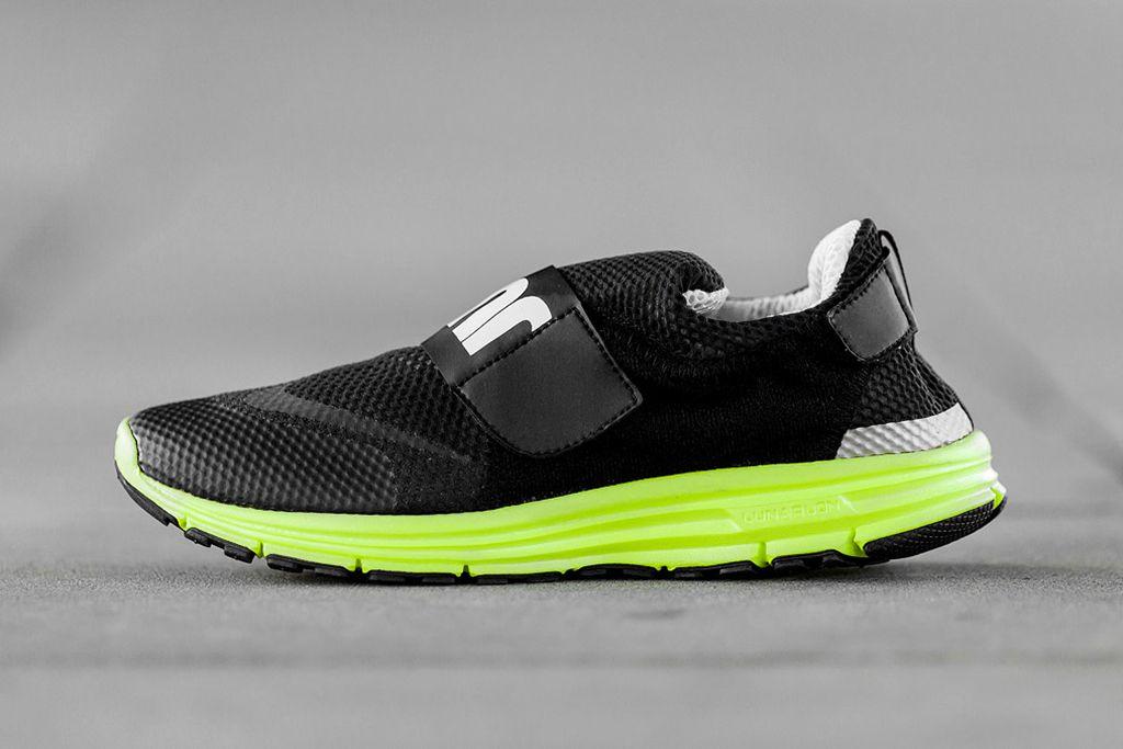 best service 25156 794b5 Image of Nike LunarFly 306 Black Volt