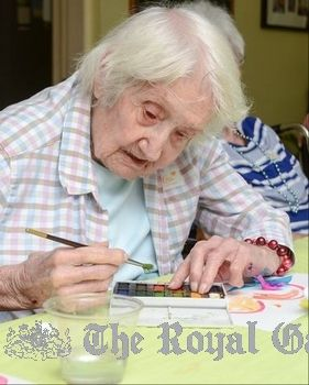 Painting gives people with Alzheimer's a joyful outlet | Bermuda Lifestyle- A new arts programme geared to senior citizens with Alzheimer's and dementia is proving that you are never too old to enjoy making art. #alzheimers #tgen #mindcrowd www.mindcrowd.org