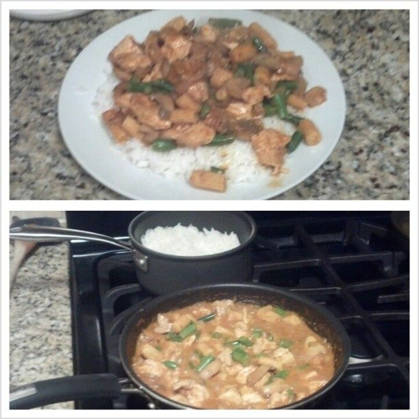 My first time making this Thai Chicken Red Curry. Tossed in baby corns, mushroom, diced onions, and minced garlic. Red curry paste, light coconut milk, fish sauce, lemon juice, and sriracha sauce. Just delicious.