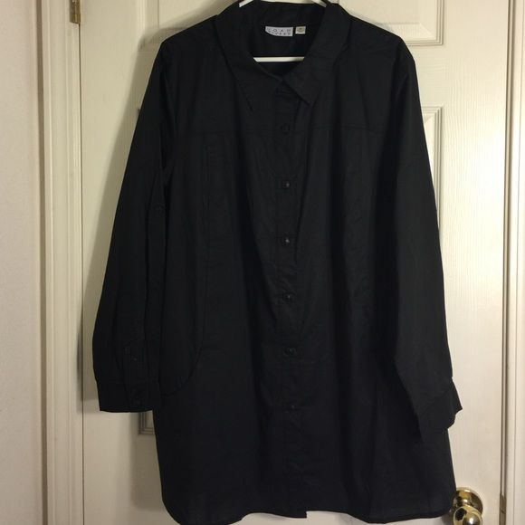 Joan Rivers black button-down shirt This stylish black shirt by Joan Rivers is very nice has pockets on the front. It is 62% cotton and 38% polyester. Looks like it has never been worn. Excellent condition. Joan Rivers Tops Button Down Shirts