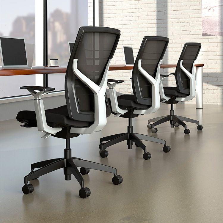 TORSA, silla operativa para oficina by UPPER PANAMA El diseño ...