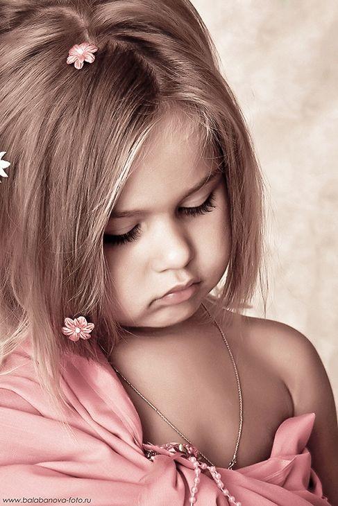 Картинки на аватарку маленькие девочки