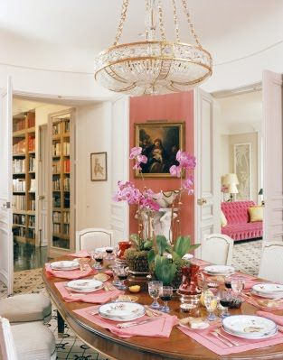 Pink accents in the dining room - Mathilde Agostinelli by Jacques Grange