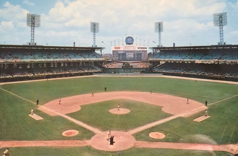 Information and pictures of Comiskey Park, former home of