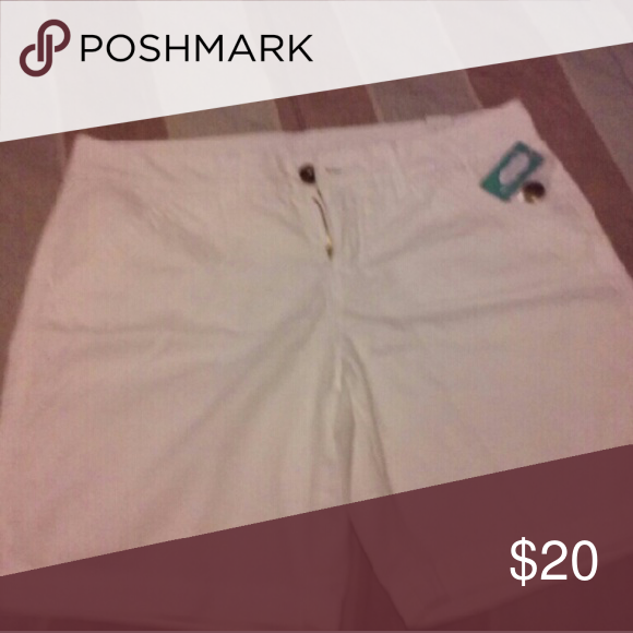Maurices Chino Short Maurices White Chino Shorts NWT Maurices Shorts Bermudas