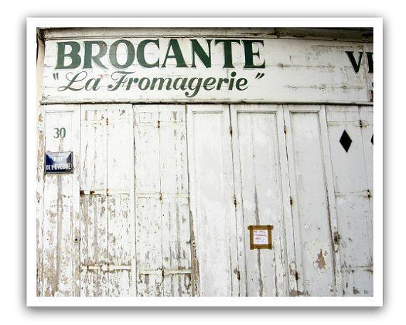 Photo of Elementer som ligner på White Kitchen Wall Art, Rustic French Country, Wall Art, Dining Room Art, Fixer Upper, Wood Door, Reisefotografering // La Fromagerie on Etsy