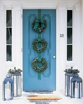 Really cool wreath arrangement