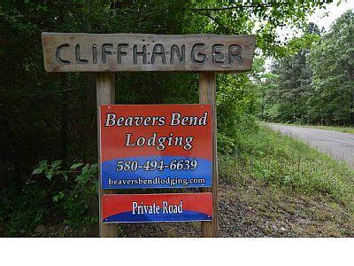 Vrbo Com 906167 Cliffhanger Cabin 3 Bedroom Sleeps 8 Hot Tub Indoor Vacation Rental Cabin Rentals Vacation