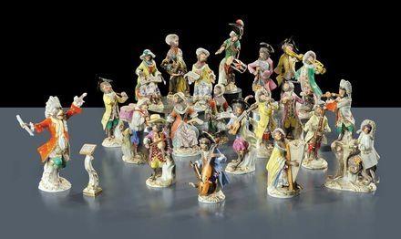 Cambi Casa d'Aste -  Concerto di scimmie in porcellana, Meissen XX secolo