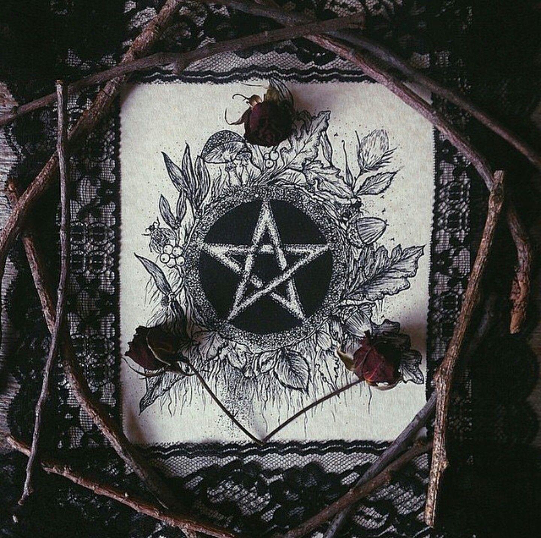 Тату символика ведьм фото