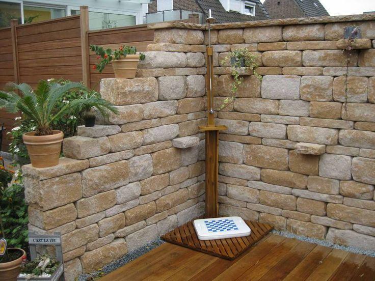 Natursteinmauer mit Bank u2026 Pinteresu2026 - garten sichtschutz mauer