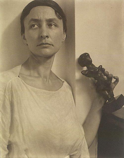 Alfred Stieglitz - Georgia O'Keeffe, 1921