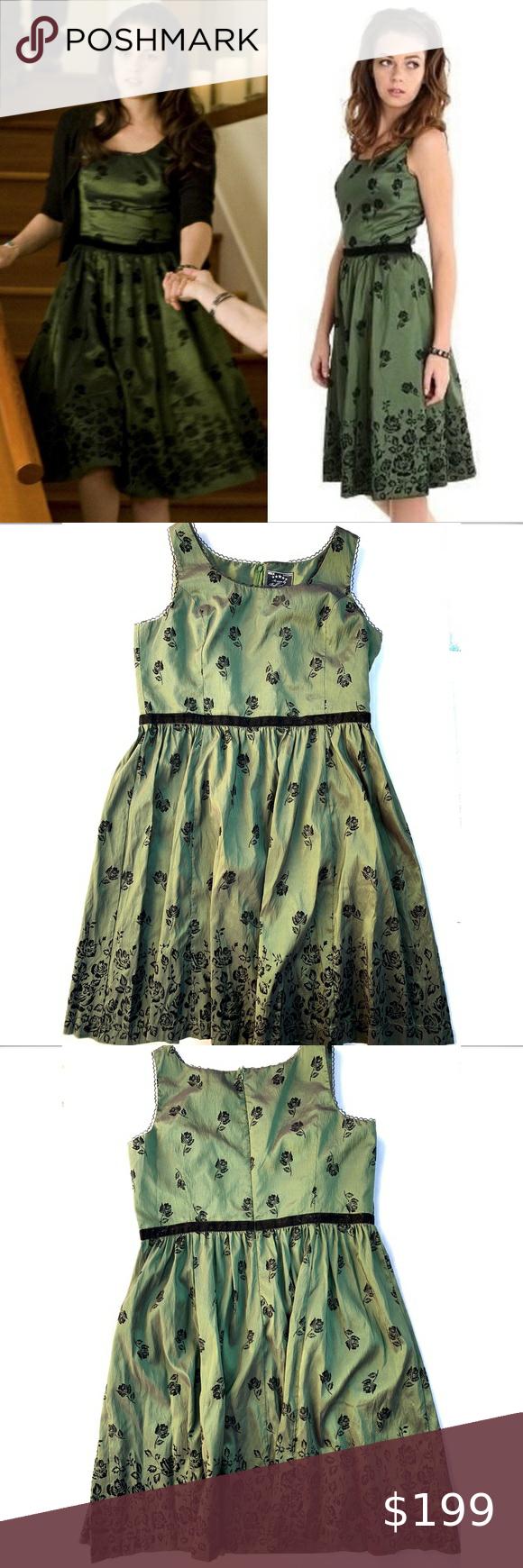 Twilight New Moon Bella Swan Birthday Dress 3xl Birthday Dresses Colorful Dresses Pretty Dresses [ 1740 x 580 Pixel ]
