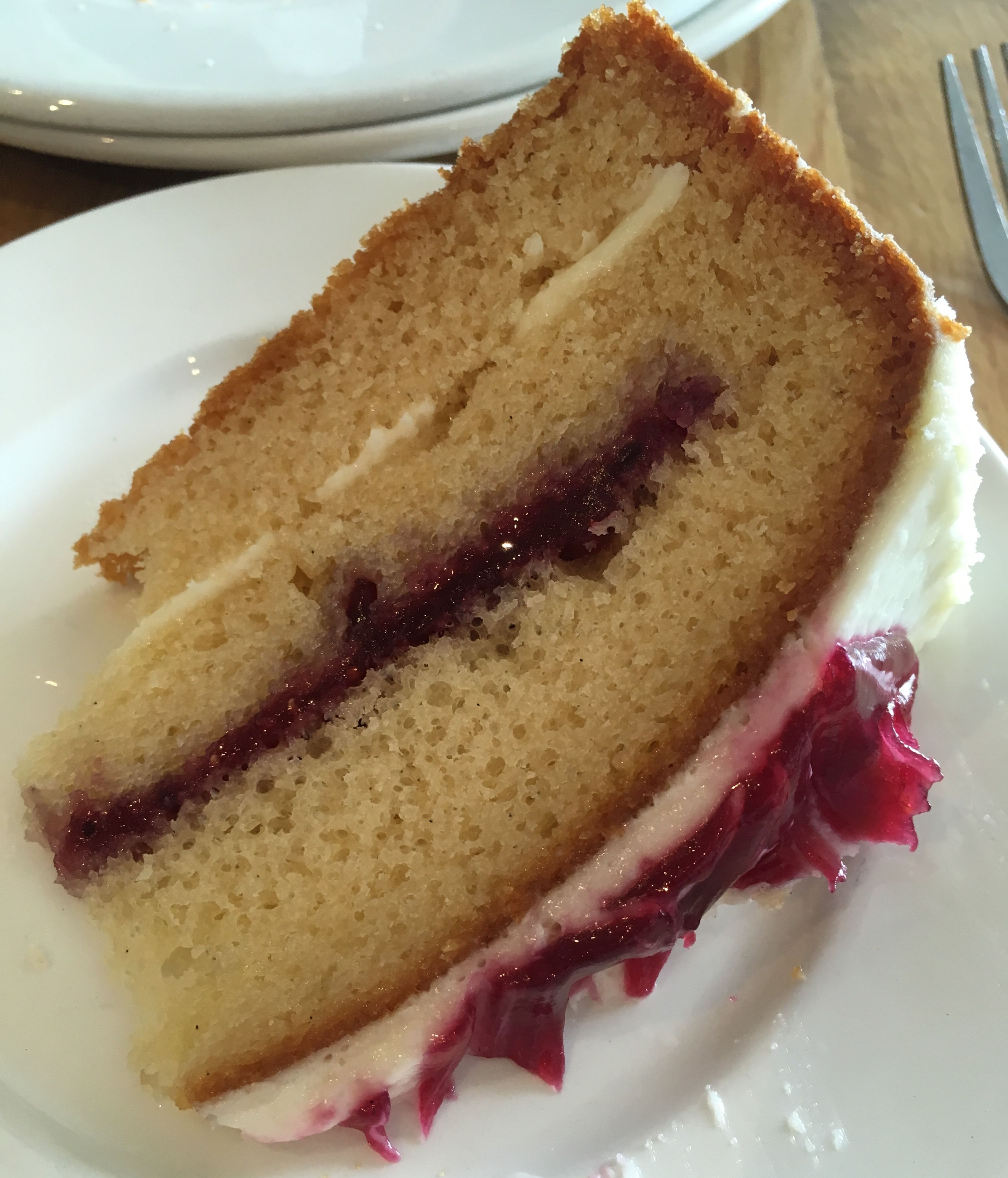 Blackcurrant cake: tasty and fast 75