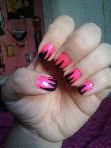 Pink & black mountain nails