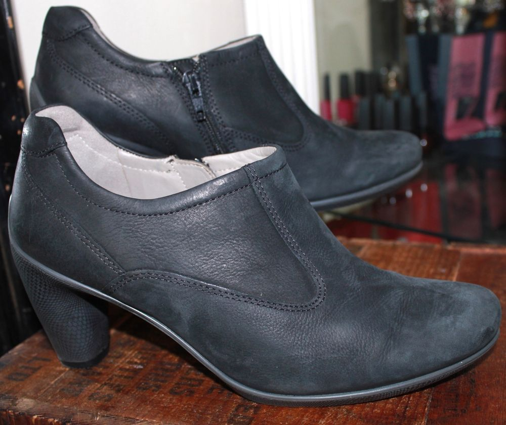 Ecco Ankle Boots Black Leather Women 7 - 7.5 / 38