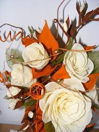 Znalezione Obrazy Dla Zapytania Jesienne Kwiaty Z Bibuly Flowers Rose Arrangement