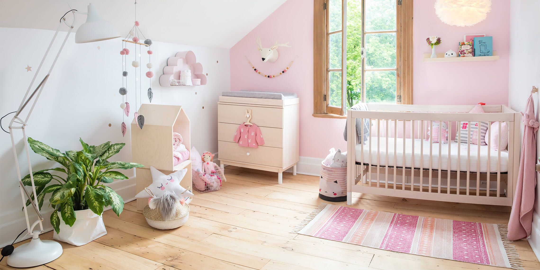 souris la maison excellent souris mini maison pastel with souris la maison cool remarquez les. Black Bedroom Furniture Sets. Home Design Ideas