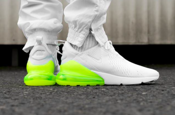 nike air max mens 270white volt