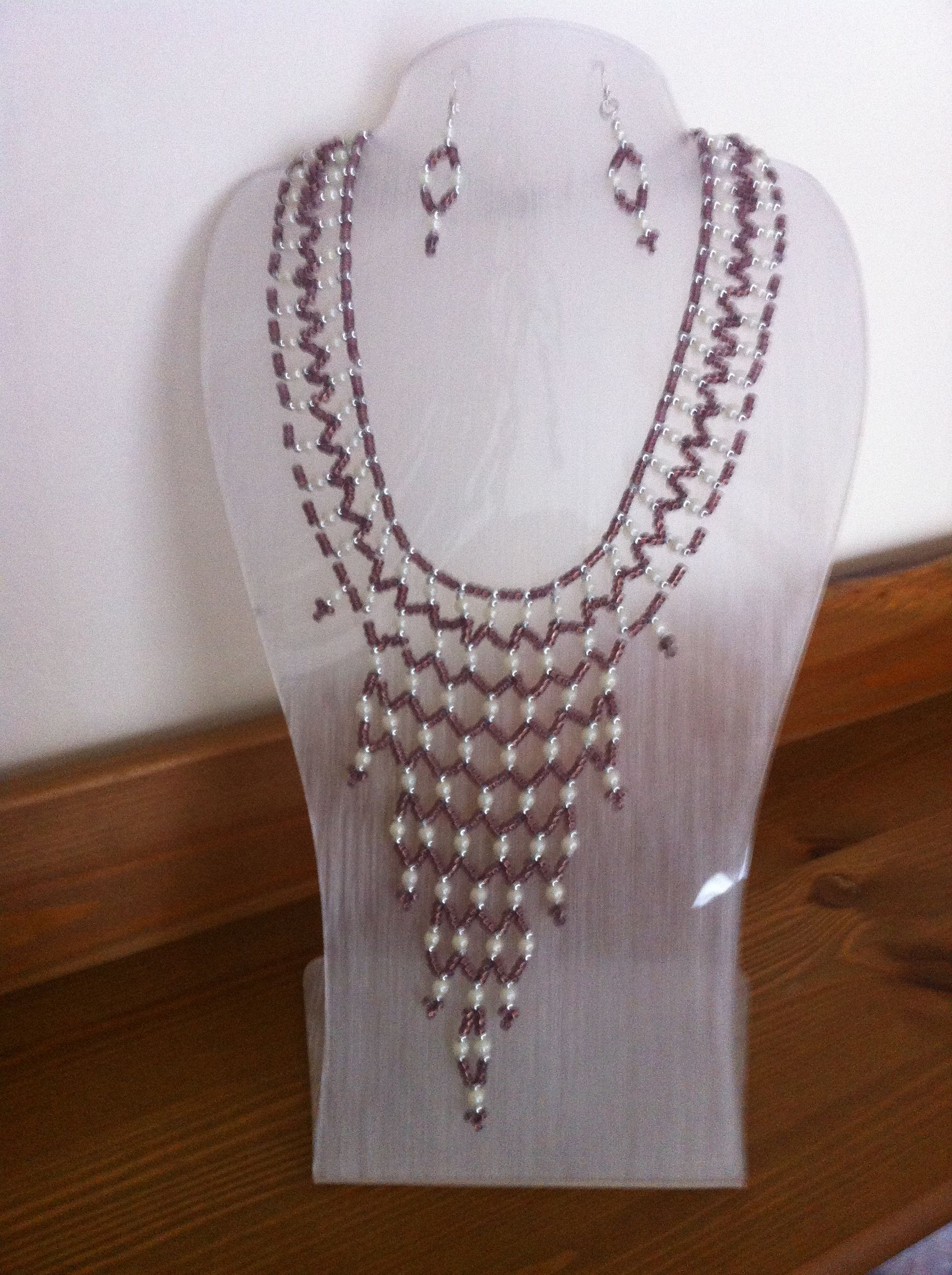 Necklace & earrings. Brown & white seed beads, with silver findings.