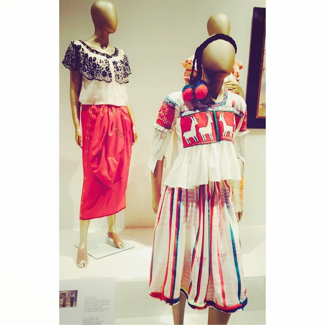 El arte de la indumentaria y la moda en México. 1940-2015 by brizpin