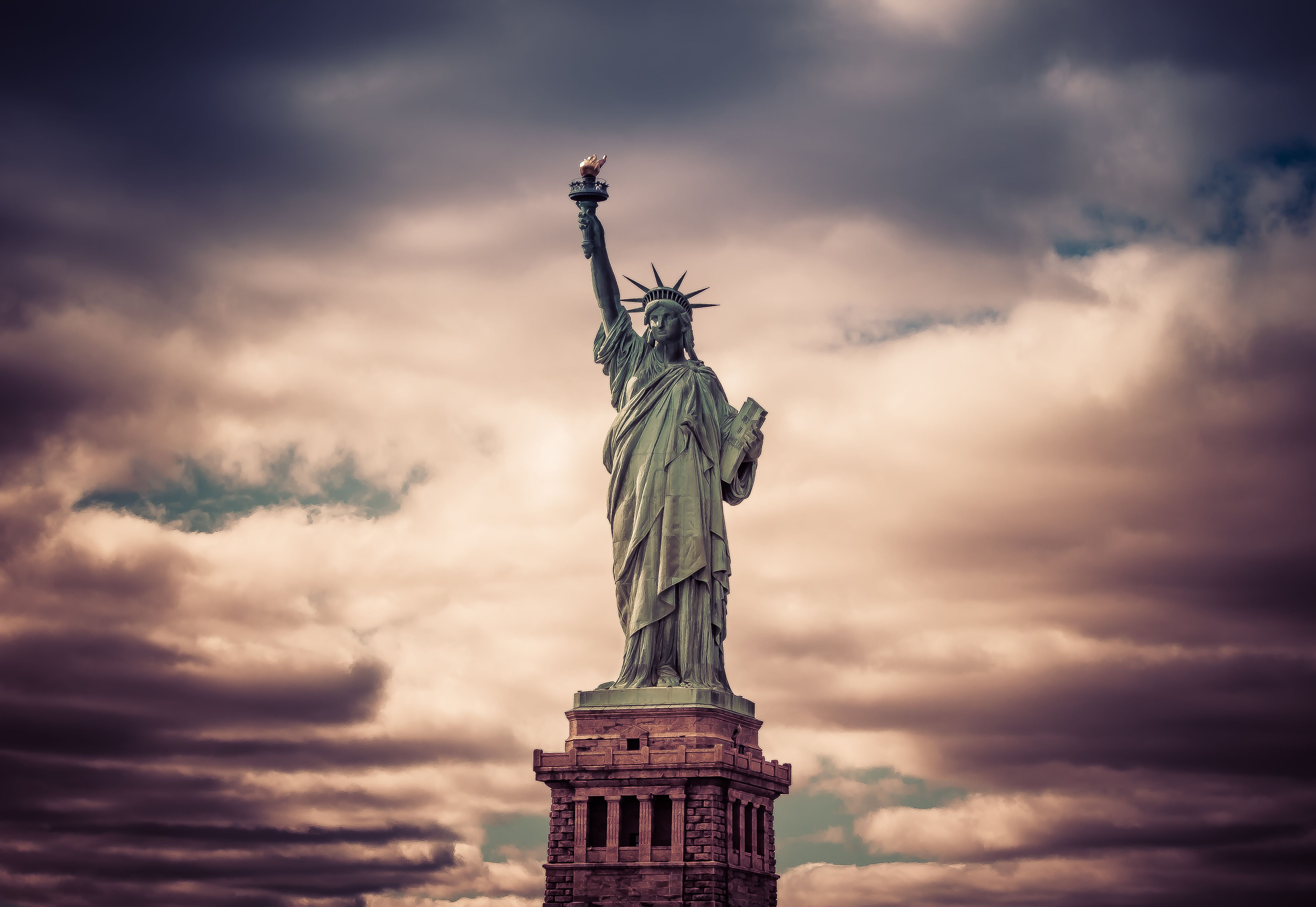 предполагает кроме красивые картинки статуя свободы используется сталкерами