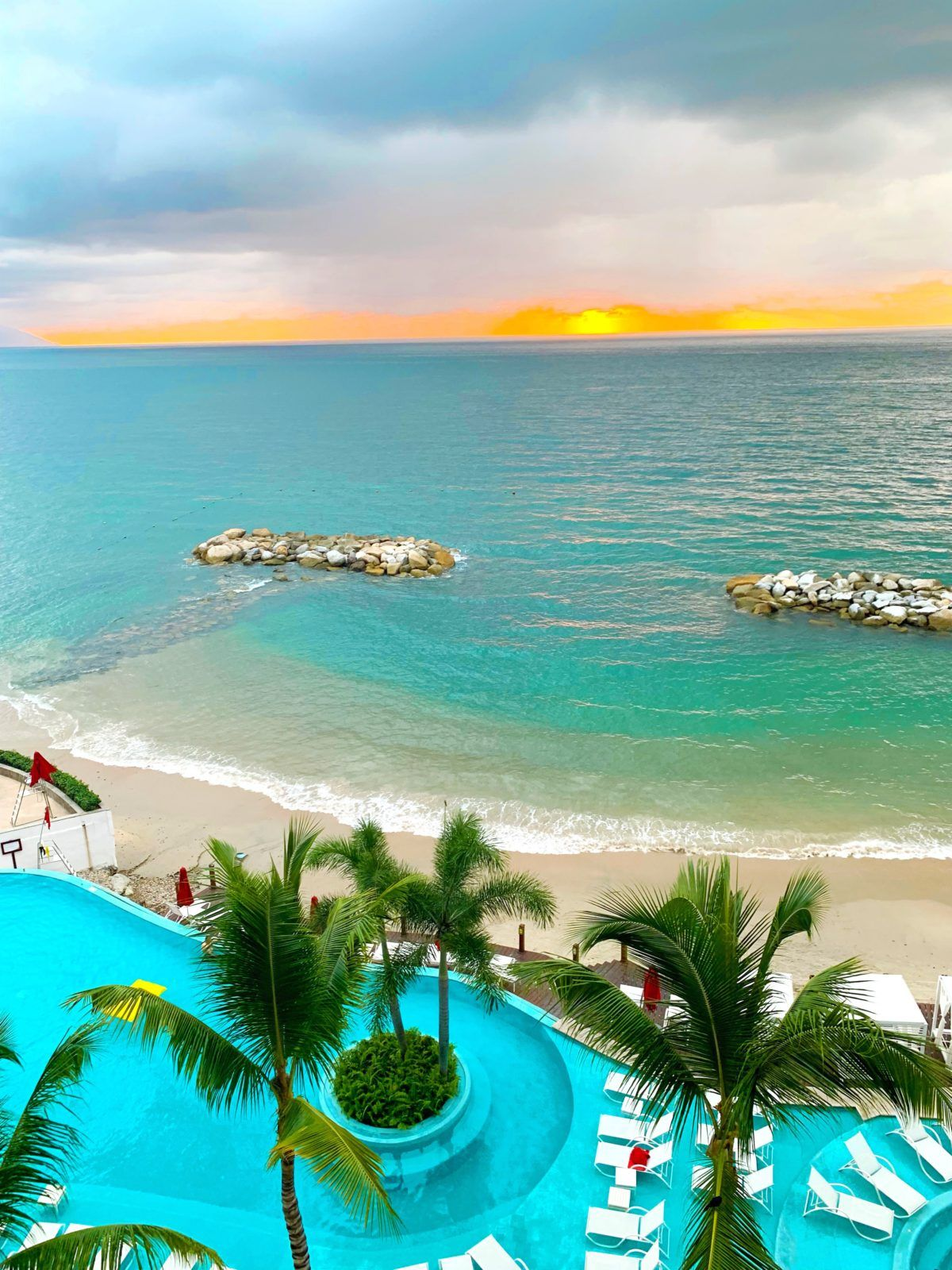 4 Star All Inclusive Puetro Vallarta  All inclusive trips