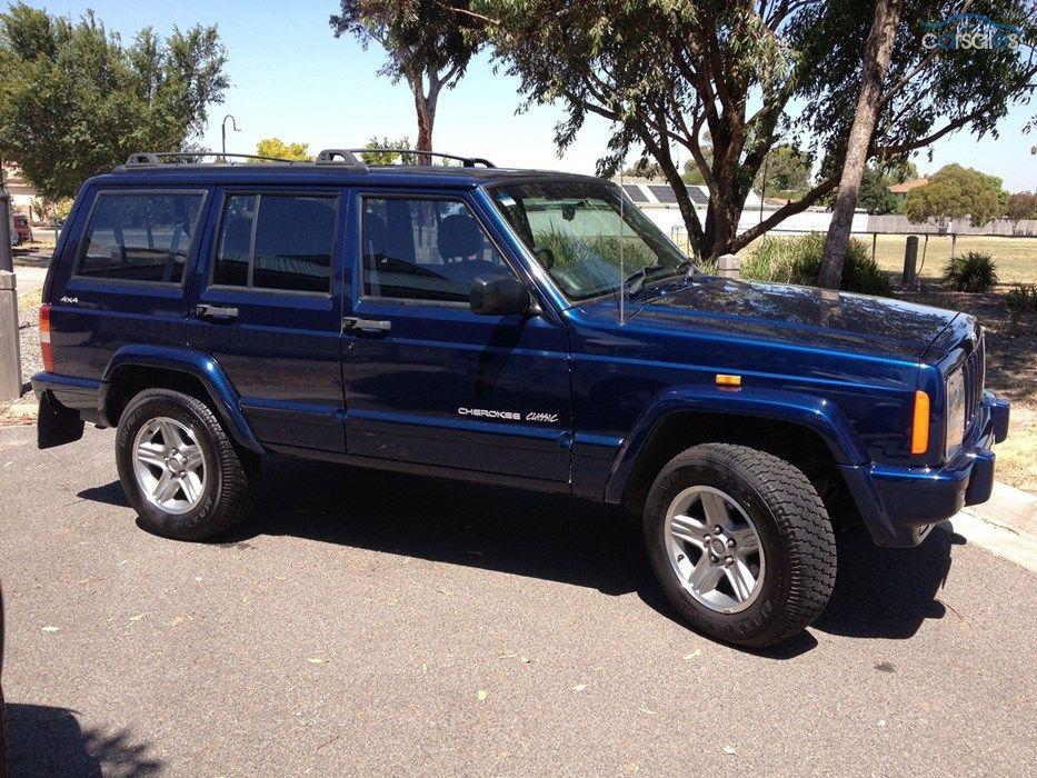 2000 Jeep Cherokee XJ Classic 7,500 OMG... swoon Jeep