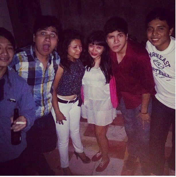 Una noche especial con todos mis amigos, que son como mis hermanos :3