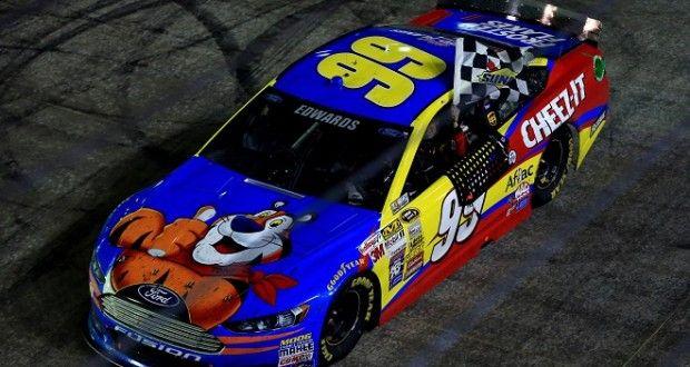 Carl Edwards gewinnt die Regenschlacht in Bristol ThreeWide.de | Der NASCAR-Stammtisch