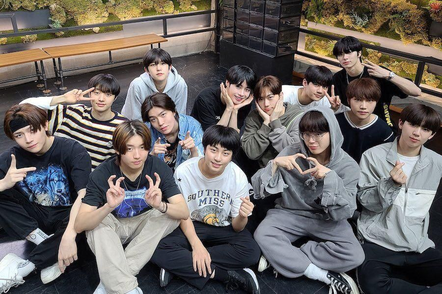 """Watch: Former """"I-LAND"""" Trainees Cheer On Top 9 Ahead Of Finale + Special Performance Announced 