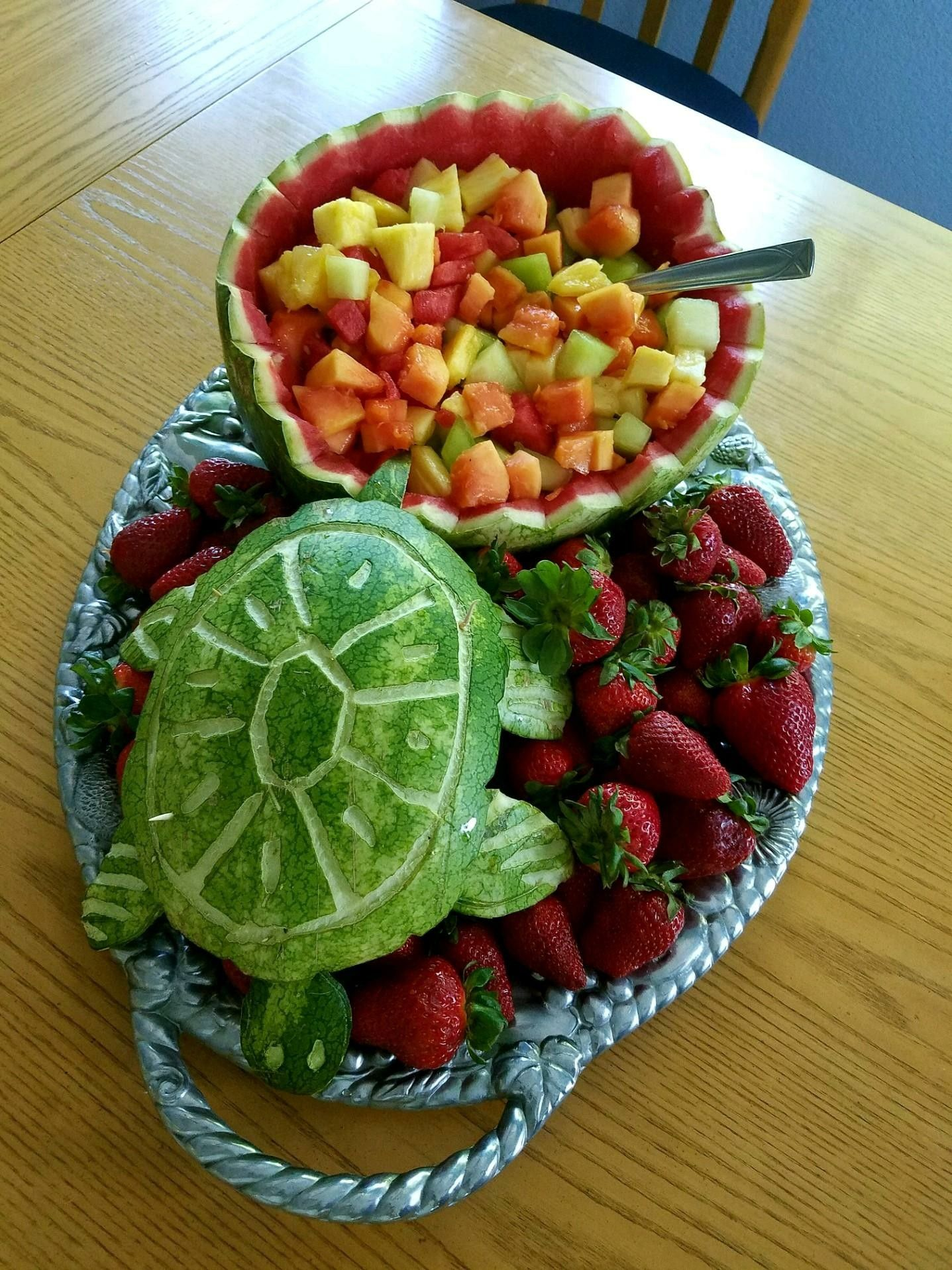 Made This Cute Turtle Fruit Display For My Daughters High