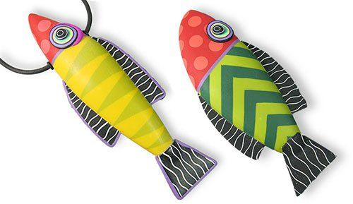 Seasonal polymer | Polymer Clay Daily; take the class on craftartedu with Donna Kayo to learn the techniques to make these fun fish!