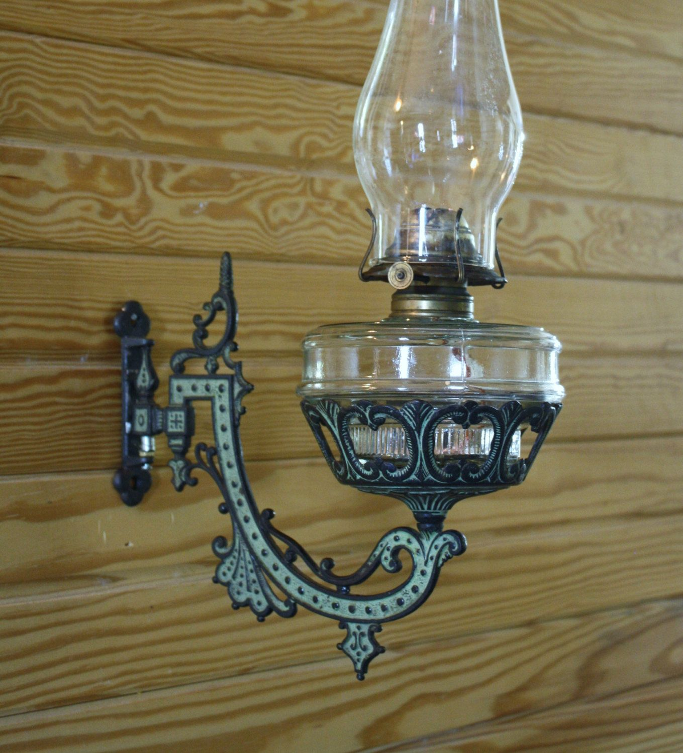 Antique Victorian Style Wall Sconce Light Fixtures Underwriters Laboratories Brass Type Casting Ye Sconce Light Fixtures Light Fixtures Wall Sconce Lighting