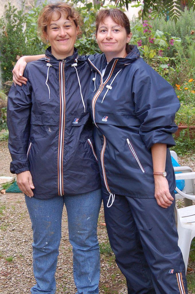 2 femmes heureuse en kway k way pinterest clothing and clothes. Black Bedroom Furniture Sets. Home Design Ideas