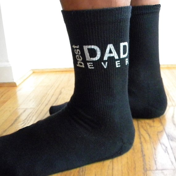 AWESOME DADDY IDEAL BIRTHDAY GIFT 1 PAIR NOVELTY FUNNY SOCKS