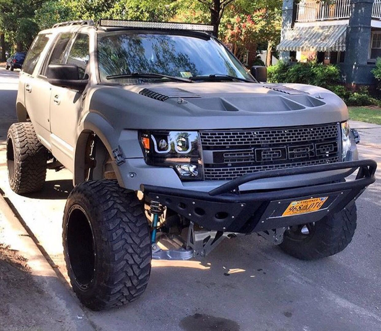Ford Expediton: Trucks, Ford Raptor, Jeep