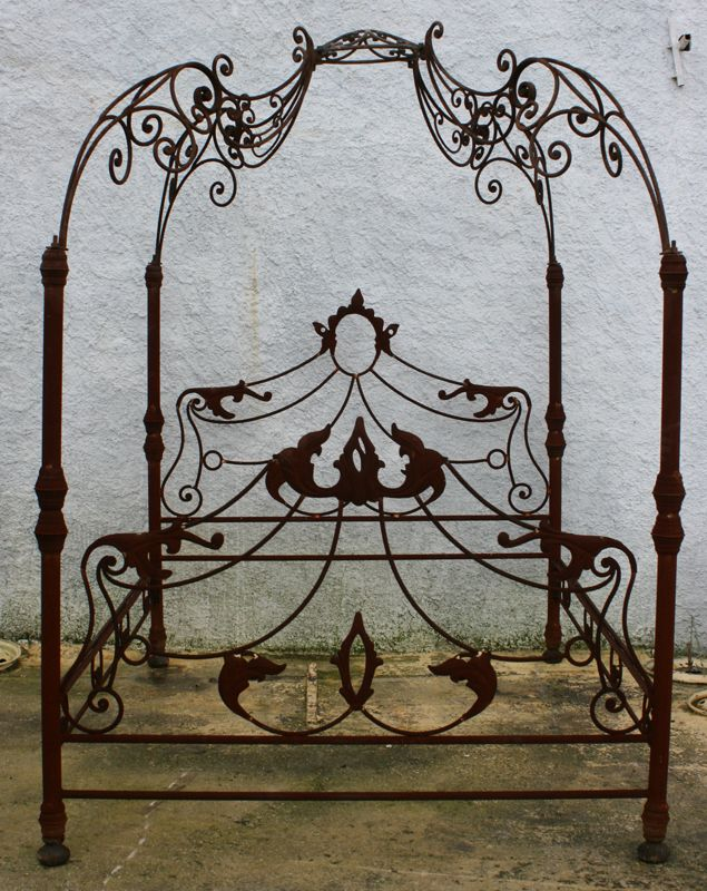 Concept Modeling For Metallic Sculpture  u2013 Picture  u2013 Description wrought iron bed -Read More u2013 & That...could be gorgeously disturbing with just a few touches ...