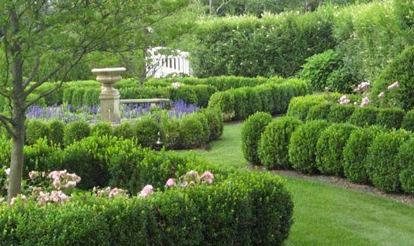 Designing An Informal Formal Garden Bridgehampton Ny Hamptons