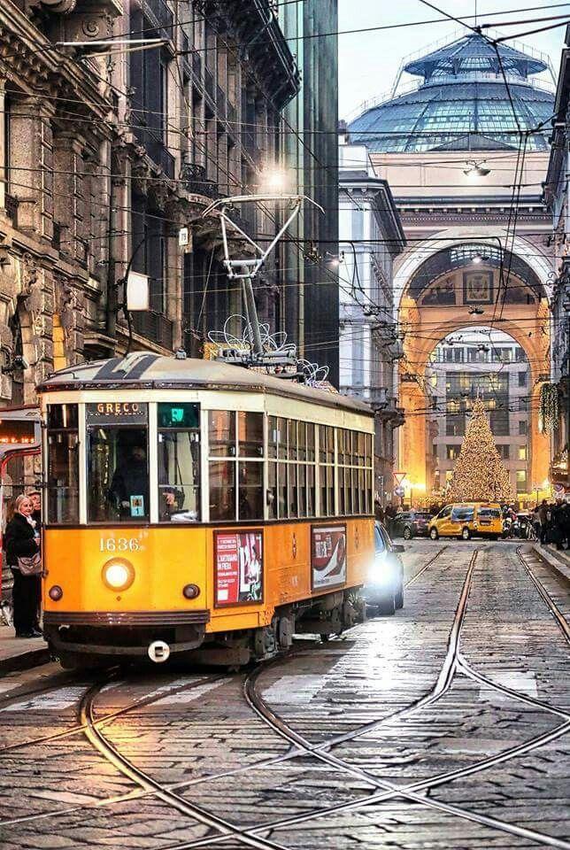 Pin di Carmelo Serio su Milano Natale 2016 Milano