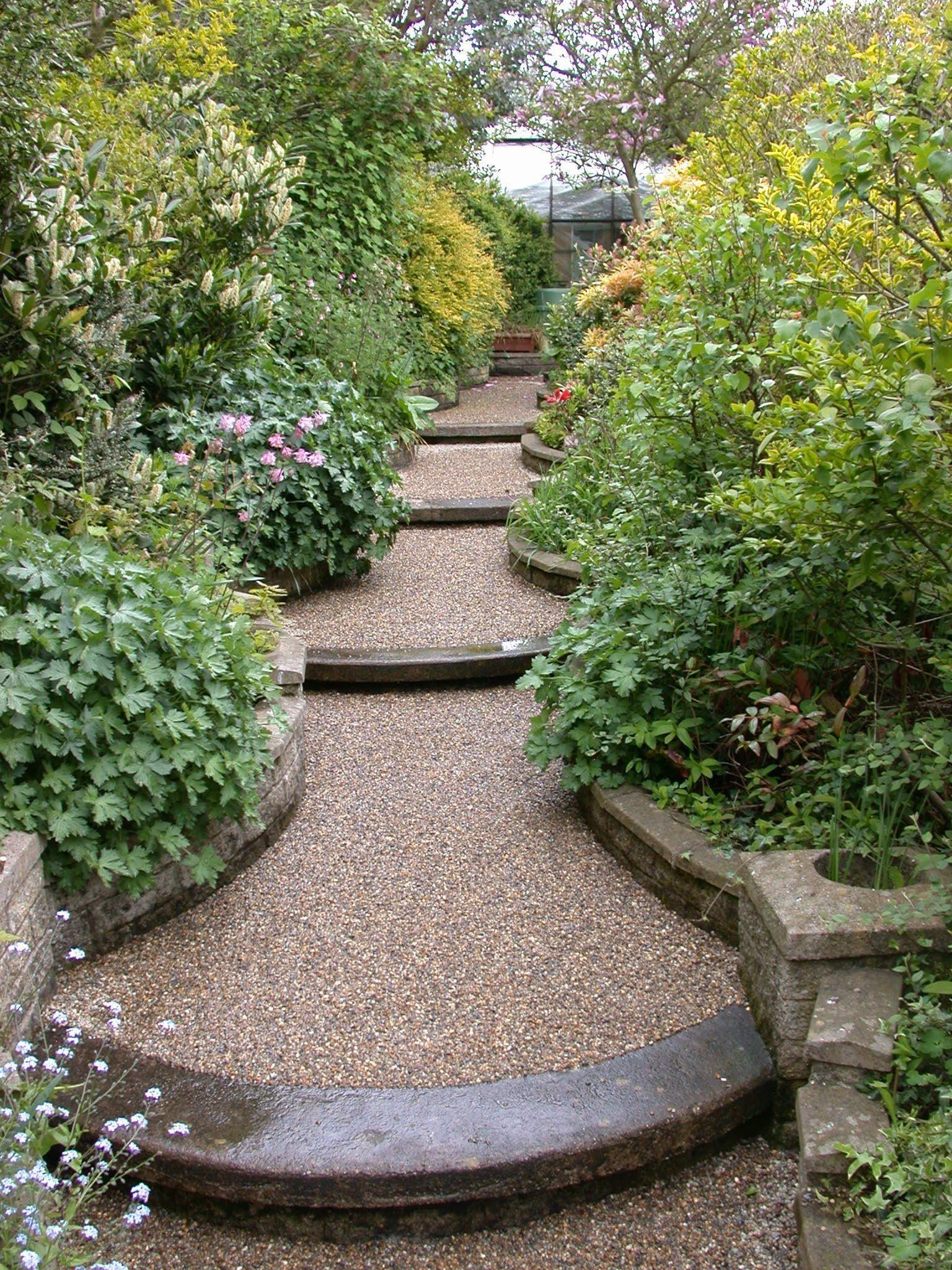 Resin Bonded Garden Path With Detailed Edging Sloped Garden Country Garden Landscaping Garden Paths