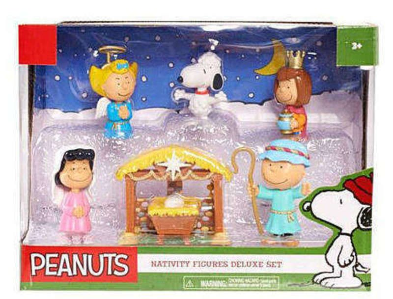 Peanuts Nativity Deluxe Figure Set 7 piece NIB 2015