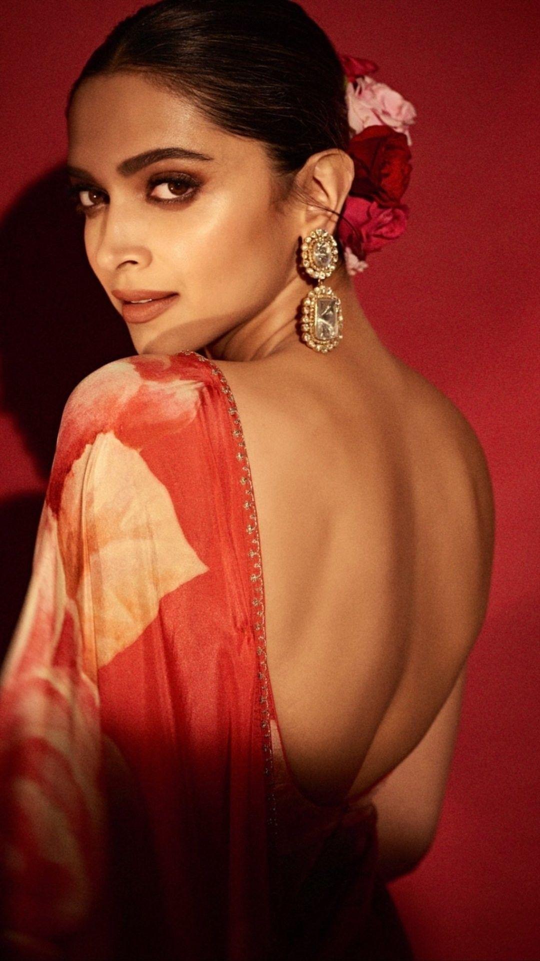 Pin By Aarti Singh On Deepika Padukone Style Deepika Padukone Style Deepika Padukone Indian Actress Hot Pics