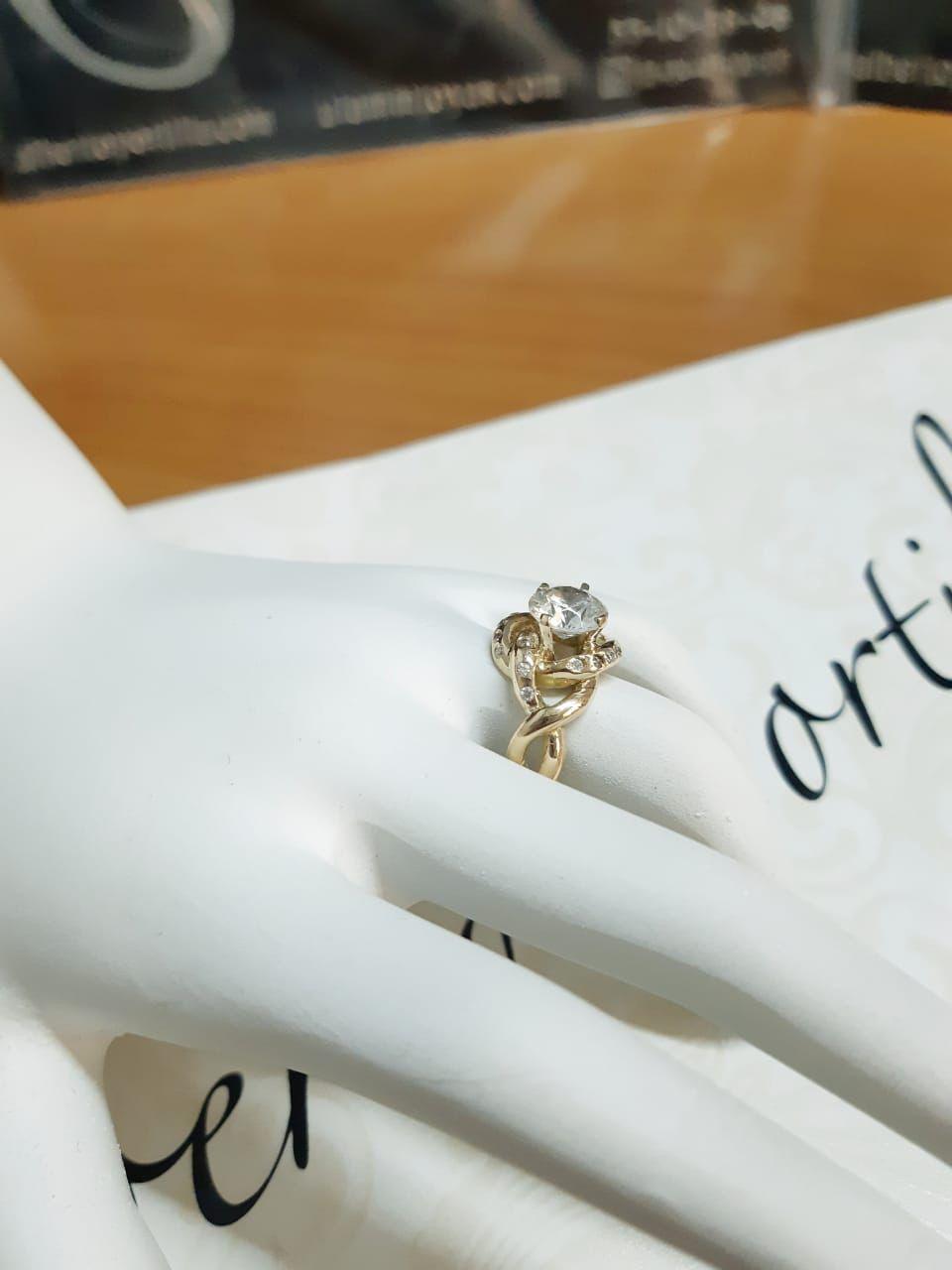 5a9fc32f4018 El  AmorEterno si existe y se puede plasmar en una bella joya !   anillosdecompromiso
