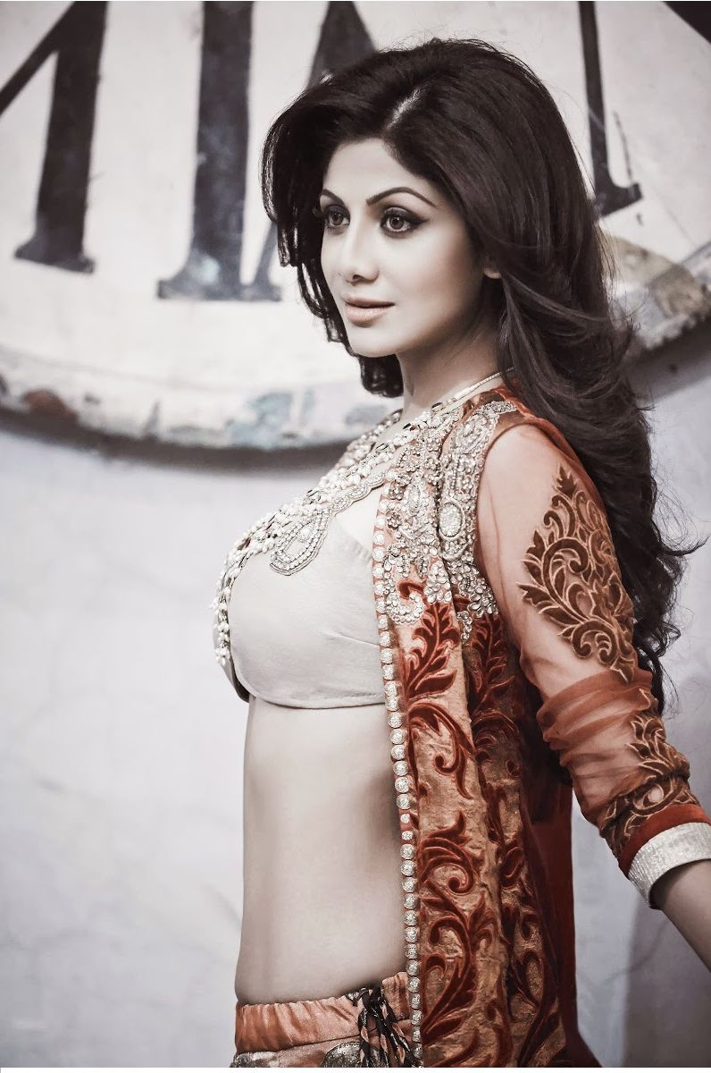 Shilpa Shetty Hot And Sexy Bollywood Actress Photos And Wallpapers