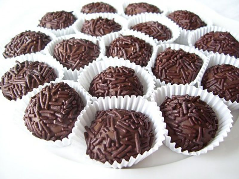 Inilah Resep Kue Kering Coklat Dan Coklat Chip Atau Chocolate Cookies Yang Ternyata Mudah Cara Membuat Kue Coklat Memerlukan Bahan Kue Yang Di 2019 Kue Kering Resep Kue Dan Makanan Manis