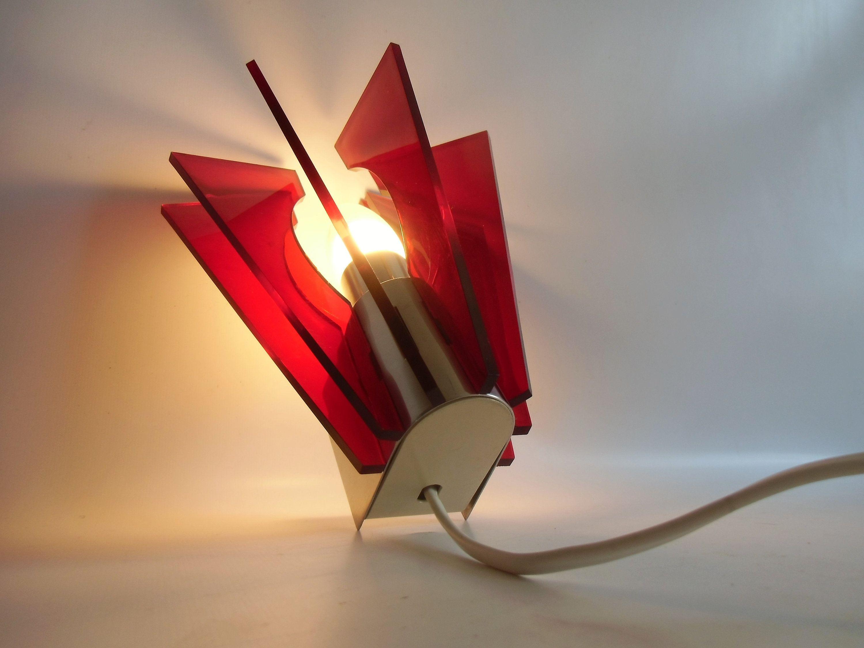 Wandlampe Aus Den 50er Jahren Lampe Von Aka Ddr Wohnraumleuchten Vintage Lampe Mid Century Novelty Lamp Lamp Table Lamp