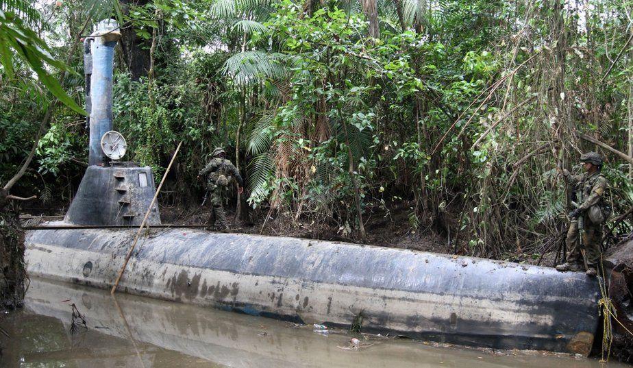Les semi-submersibles peuvent transporter jusqu'à 10 tonnes de drogues