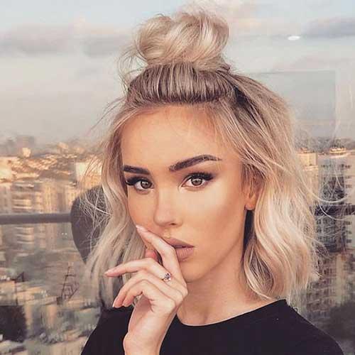Simple Cute High Half Bun Updo For Short Hair Short Hair Bun Cute Hairstyles For Short Hair Short Hair Styles Easy