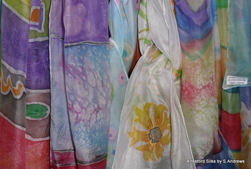Unique, hand painted silk scarves, made in the heart of leafy Hampshire.: Alresford Silks